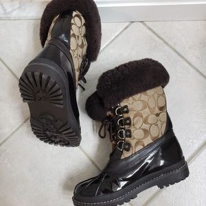 🆕✨ Coach Boots Black/Tan Size 6